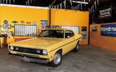 1970y PLYMOUTH DUSTER、1970年 プリマス ダスター
