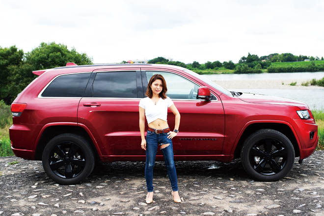 アメマガガール、2015 JEEP GRAND CHEROKEE Altitude