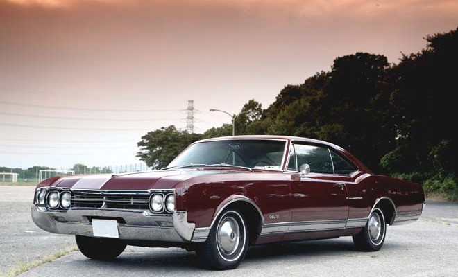 1966 Oldsmobile Delta 88 Holiday Coupe、1966 オールズモビル デルタ 88 ホリデー クーペ